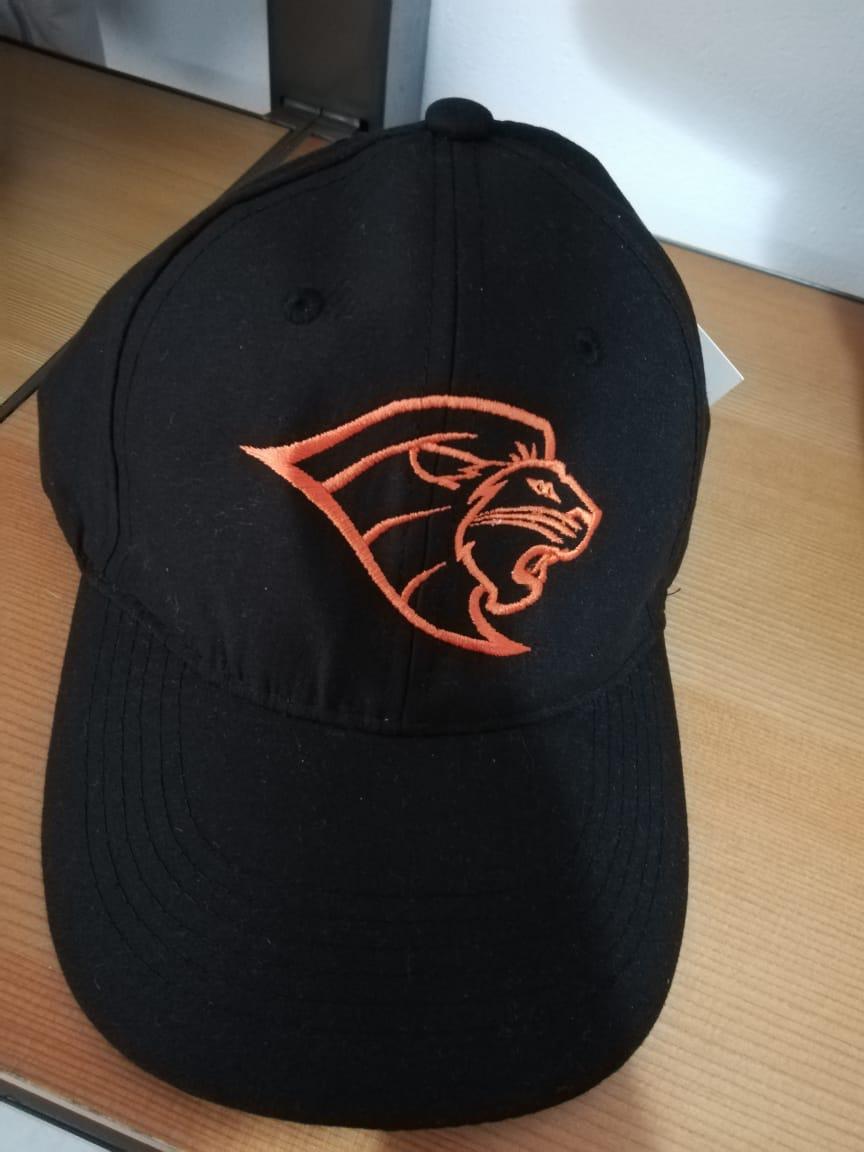 Gorra negra con león naranja Anáhuac
